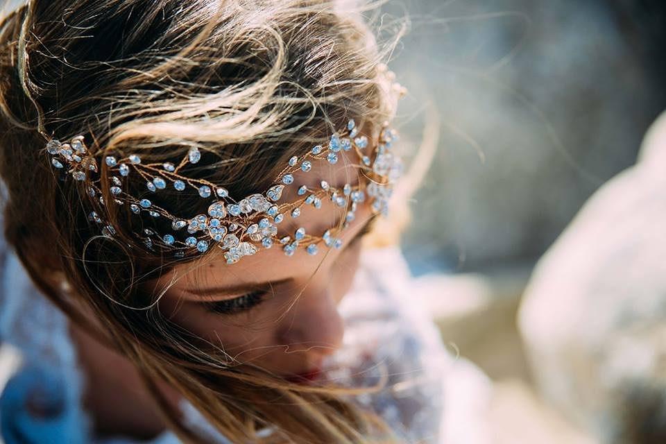 ・ClarasではParis直輸入の一流のインポートブランドのアクセサリーがお手軽にご購入いただけます🕊・特別な日だけど自分らしいコーディネートで迎えたいそんなファッショナブルな花嫁さまにピッタリのアクセサリーをご用意しております♀️・小物探しだけでもお気軽にお問い合わせ下さいませ・#wedding #weddingdress #claras #ウェディングドレス #プレ花嫁 #ドレス試着#ドレス迷子#2021夏婚 #2021冬婚 #ヘアメイク #結婚式  #ドレス選び #前撮り #後撮り #フォトウェディング #ウェディングヘア  #フォト婚 #ブライダルフォト #カップルフォト #ウェディングドレス探し #ウェディングドレス試着 #レンタルドレス #ドレスショップ #家族婚 #バウリニューアル #記念日婚 #モニター募集 #ドレス迷子 #限定 #プレ花嫁 #ボヘミアンウェディング